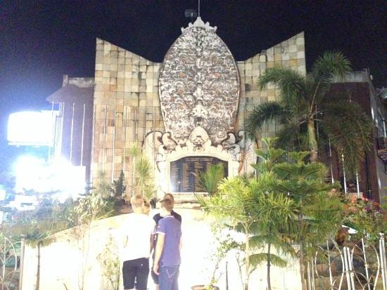 Monumen Bom Bali Legian Picture Ground Monument Bombing Memorial Kab