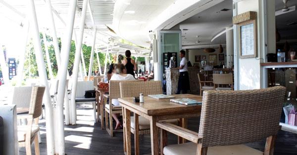 Beachwalk Bali Largest Shopping Center Nearby Kuta Beach Cafe Sardinia