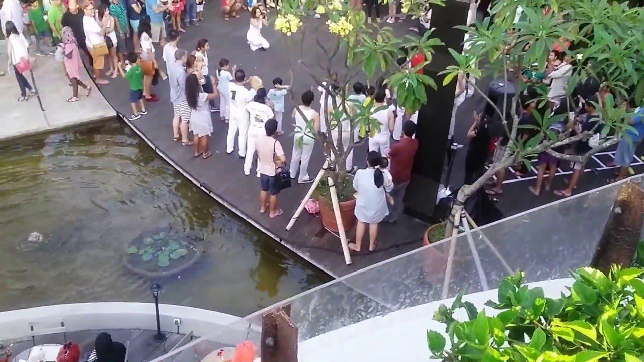 Beachwalk Shopping Mall Kuta Bali Youtube Kab Badung