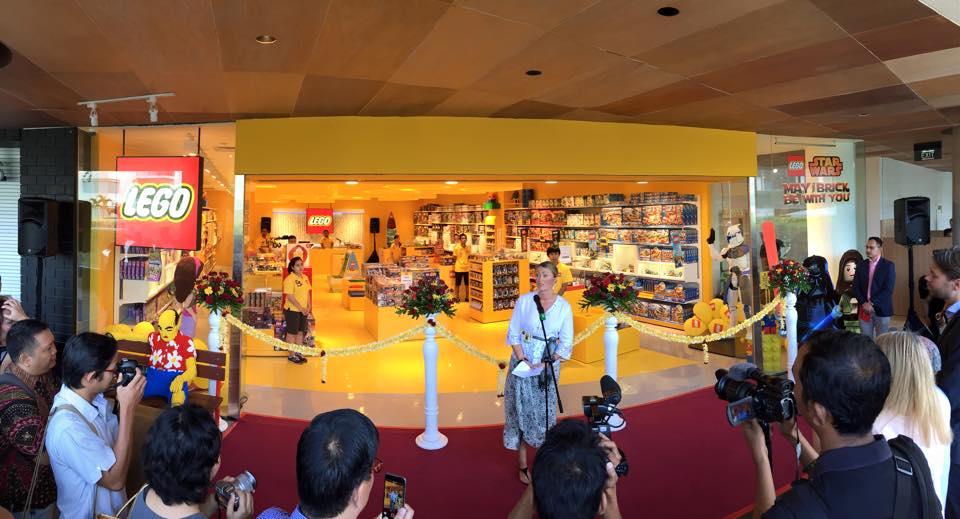 Grand Opening Ceremony Lego Shop Beachwalk Bali User Cam Kab
