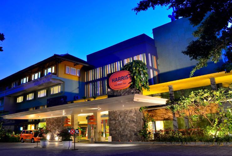 Harris Resort Kuta Beach Indonesia Swimming Pool Lobby Beachwalk Kab