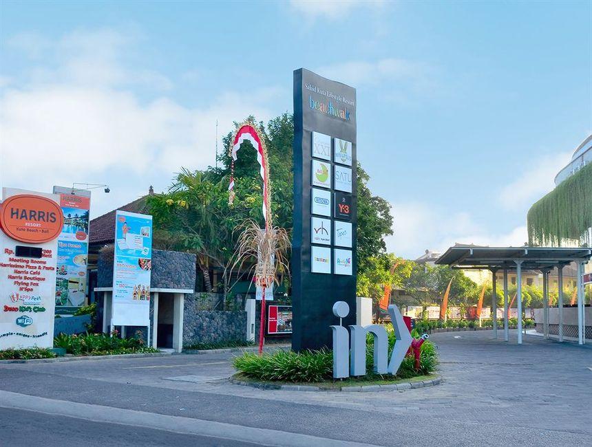Hotel Harris Resort Kuta Beach Trivago Au Beachwalk Kab Badung