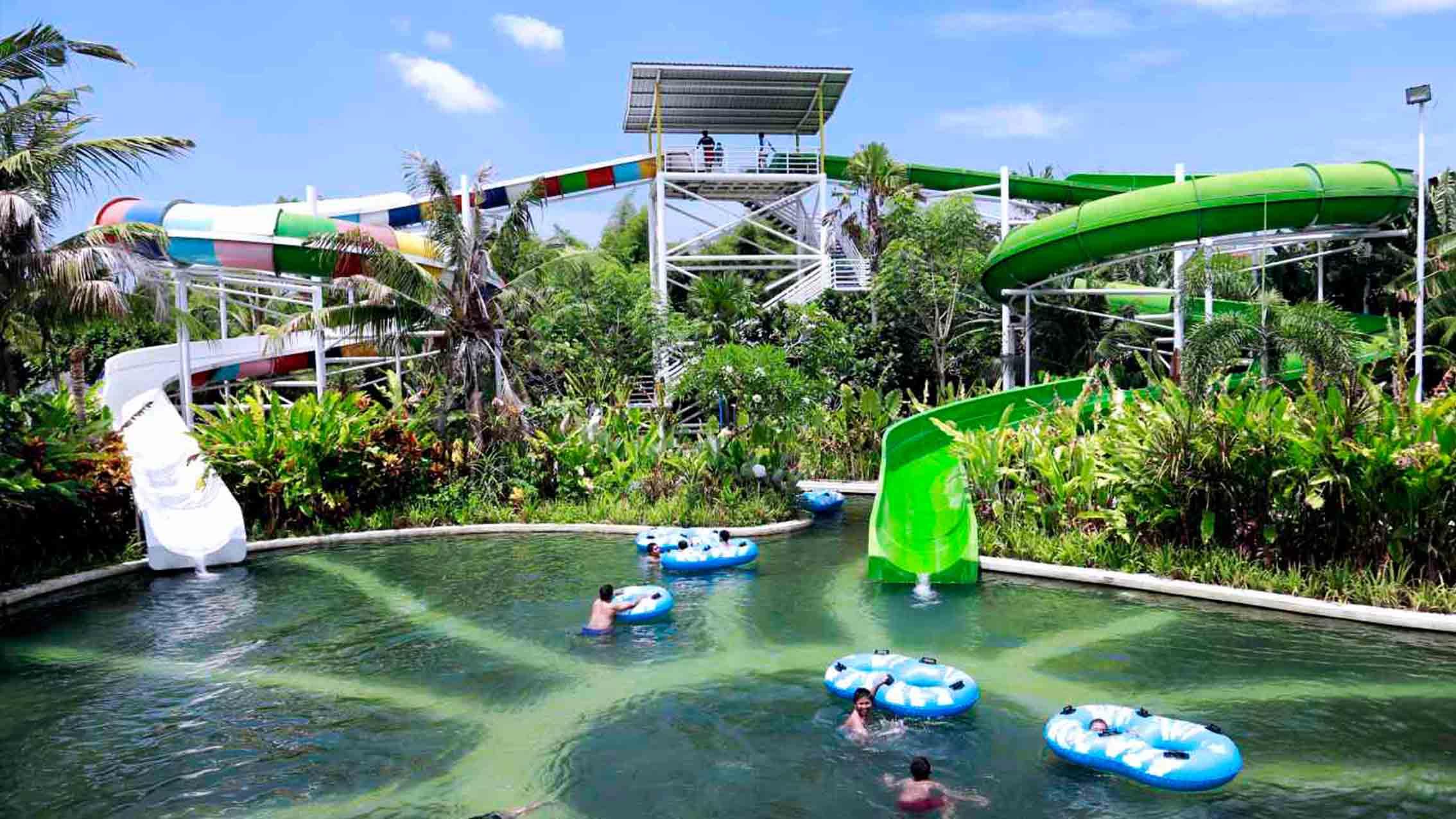 Circus Waterpark Activities Bali Fun Place Water Park Kab Badung