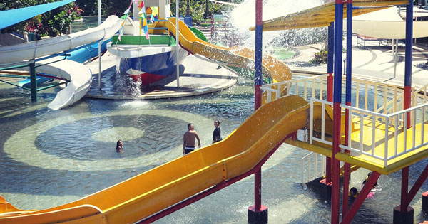Circus Waterpark Bali Tempat Wisata Taman Air Keluarga Anak Kids