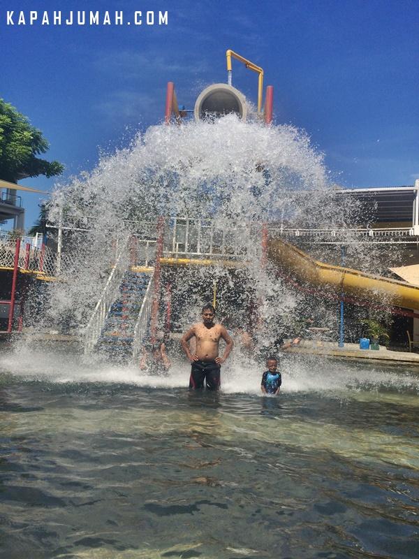 Main Air Circus Waterpark Bali Kapahjumah Water Park Kab Badung