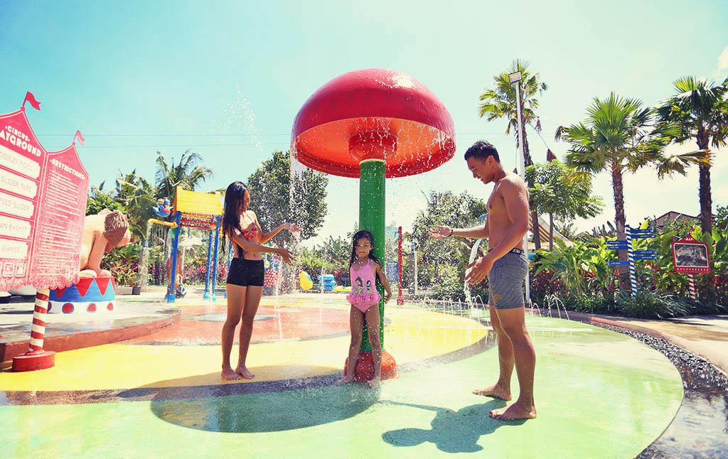 Water Plaza Circus Waterpark Bali Park Kab Badung