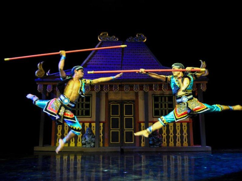 Devdan Dance Acrobatic Show Bali Kab Badung