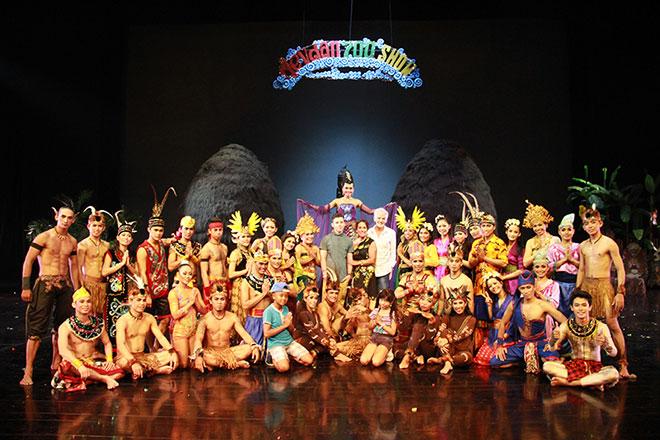 Devdan Show Celebrates 700th Kab Badung