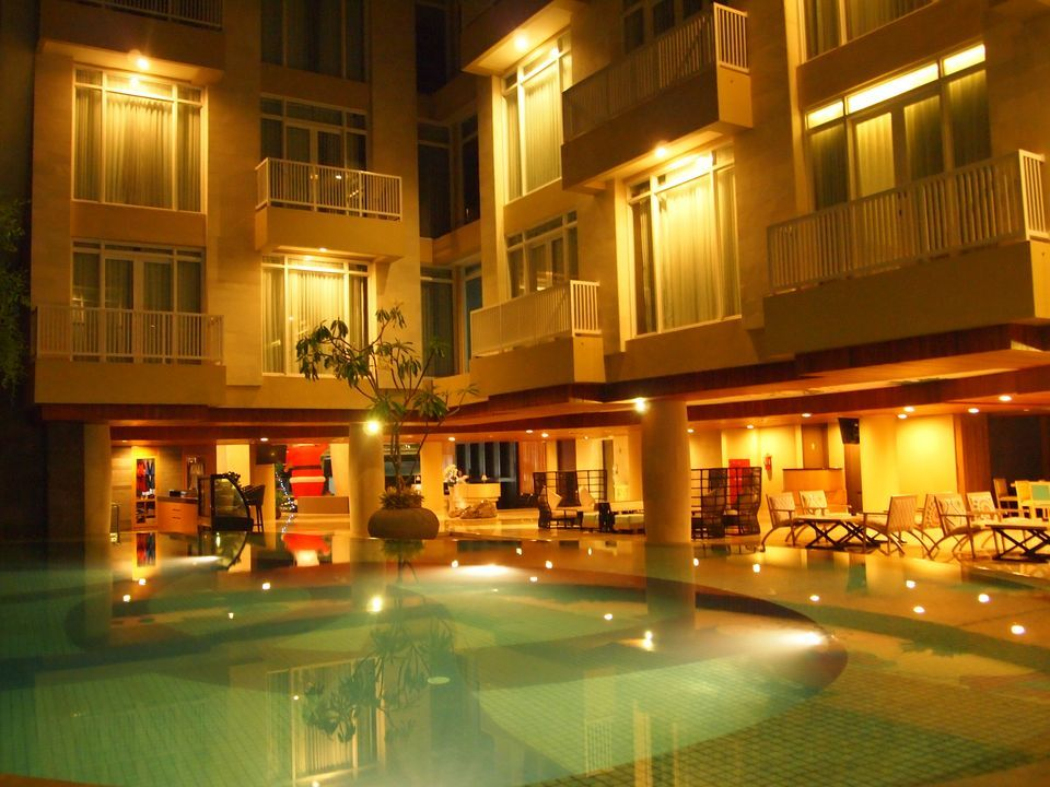 Bedrock Hotel Kuta Bali Indonesia Official Online Booking Square Kab