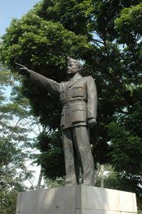 Info Wisata Temanggung Monumen Bambang Sugeng Terletak Sebuah Bukit Kecil