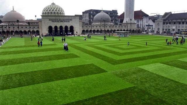 Manis Manja Hasil Gambar Wisata Masjid Agung Bandung Monumen Lautan