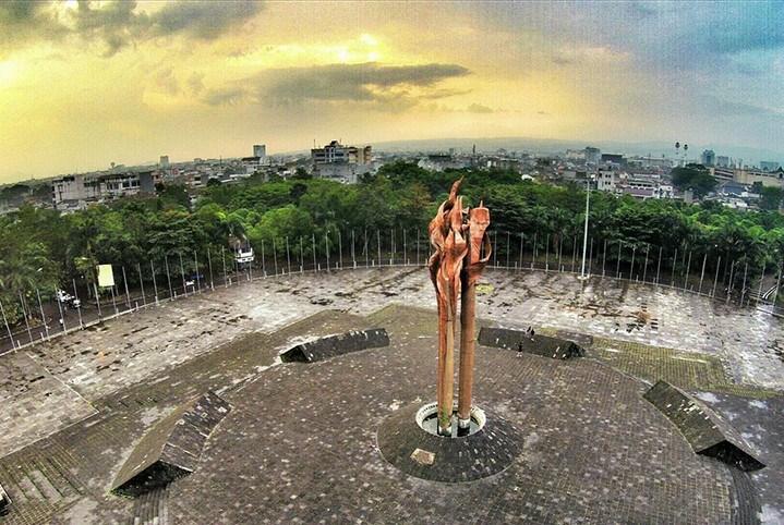 Sejarah Lengkap Peristiwa Bandung Lautan Api Seruni Id Monumen Kab