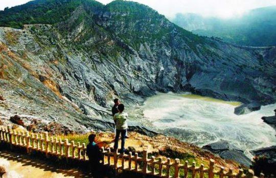 Tempat Wisata Bandung Harga Tiket Masuk Terbaru Gingsul Monumen Lautan