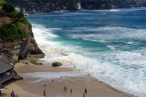 Tempat Wisata Pantai Dreamland Bali Monumen Bandung Lautan Api Kab