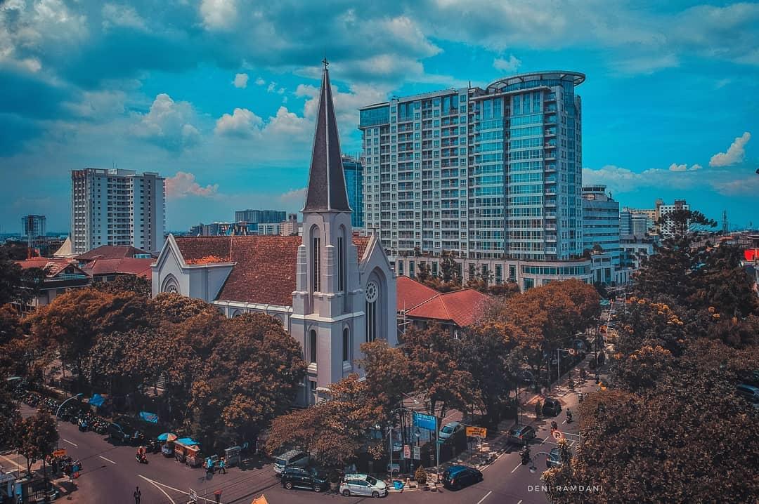 Terletak Bandung Instagram Gereja Katedral Santo Petrus Sebuah Jalan Monumen