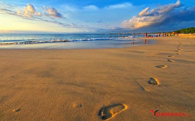 Wisata Kita Salah Satu Obyek Bali Favorite Kunjungi Pantai Jimbaran