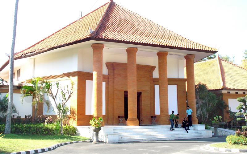 Bali Art Museum Pasifika Nusa Dua Spa Sekar Jagat Entrance
