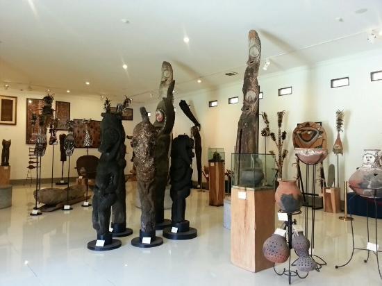 Museum Pasifika Picture Nusa Dua Tripadvisor Aneka Patung Kab Badung