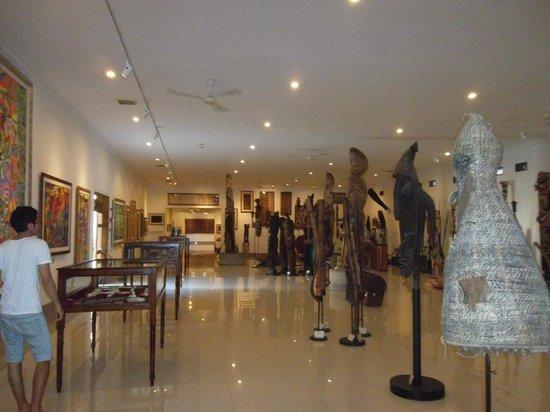 Polynesian Artefacts Picture Museum Pasifika Nusa Dua Kab Badung