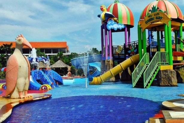 Berkunjung Kuta Green Park Wahana Rekreasi Air Bali Pecatu Kab