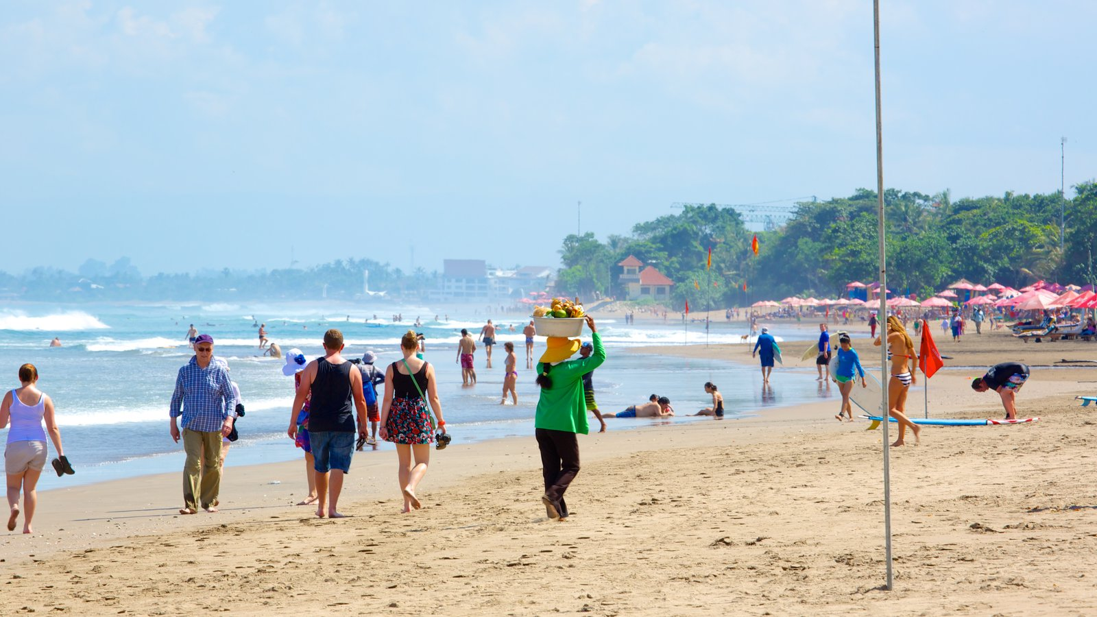 Beach Pictures View Images Double Featuring Large Group People Pantai