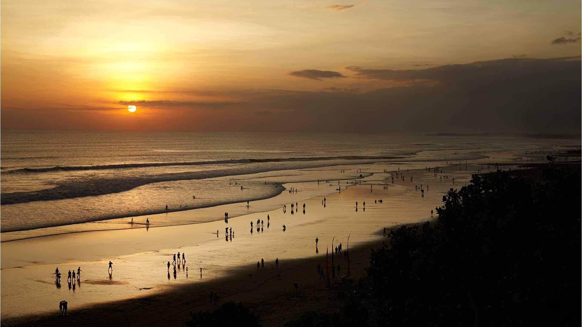 Double Hotel Pantai Kab Badung