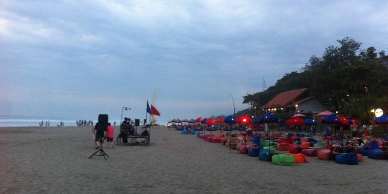 Inilah Waktu Terbaik Pelesir Pantai Double Kompas Kab Badung