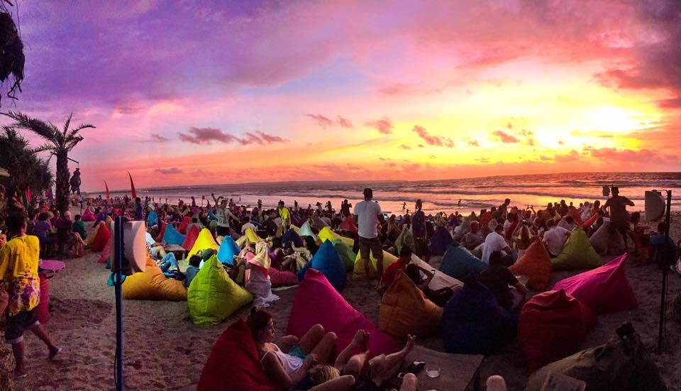 Pantai Double Bali Romantis Tempat Asyik Kab Badung