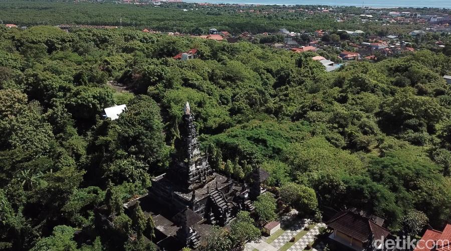 Foto Drone Pusat Peribadatan 5 Agama Bali Puja Mandala Jalur