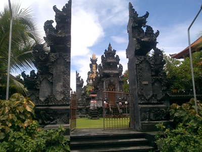 Puja Mandala Nusa Dua Bali Sebagai Tempat Ibadah Bagi Wisatawan