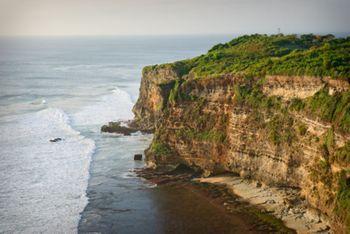 Bukit Peninsula Wikitravel Majestic Cliff Setting Uluwatu Temple Pura Luhur
