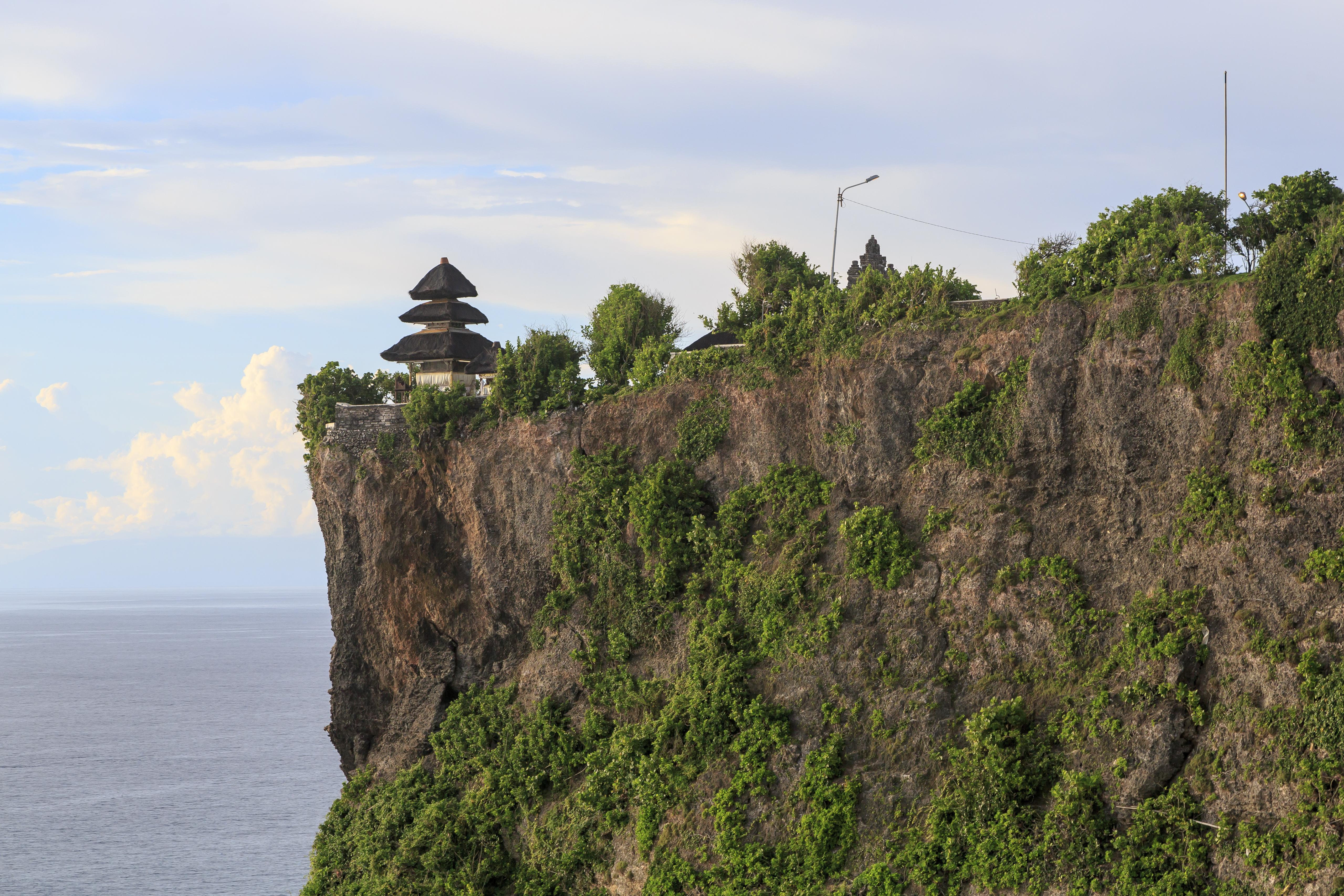 File Kuta Bali Indonesia Pura Luhur Uluwatu 03 Jpg Wikimedia