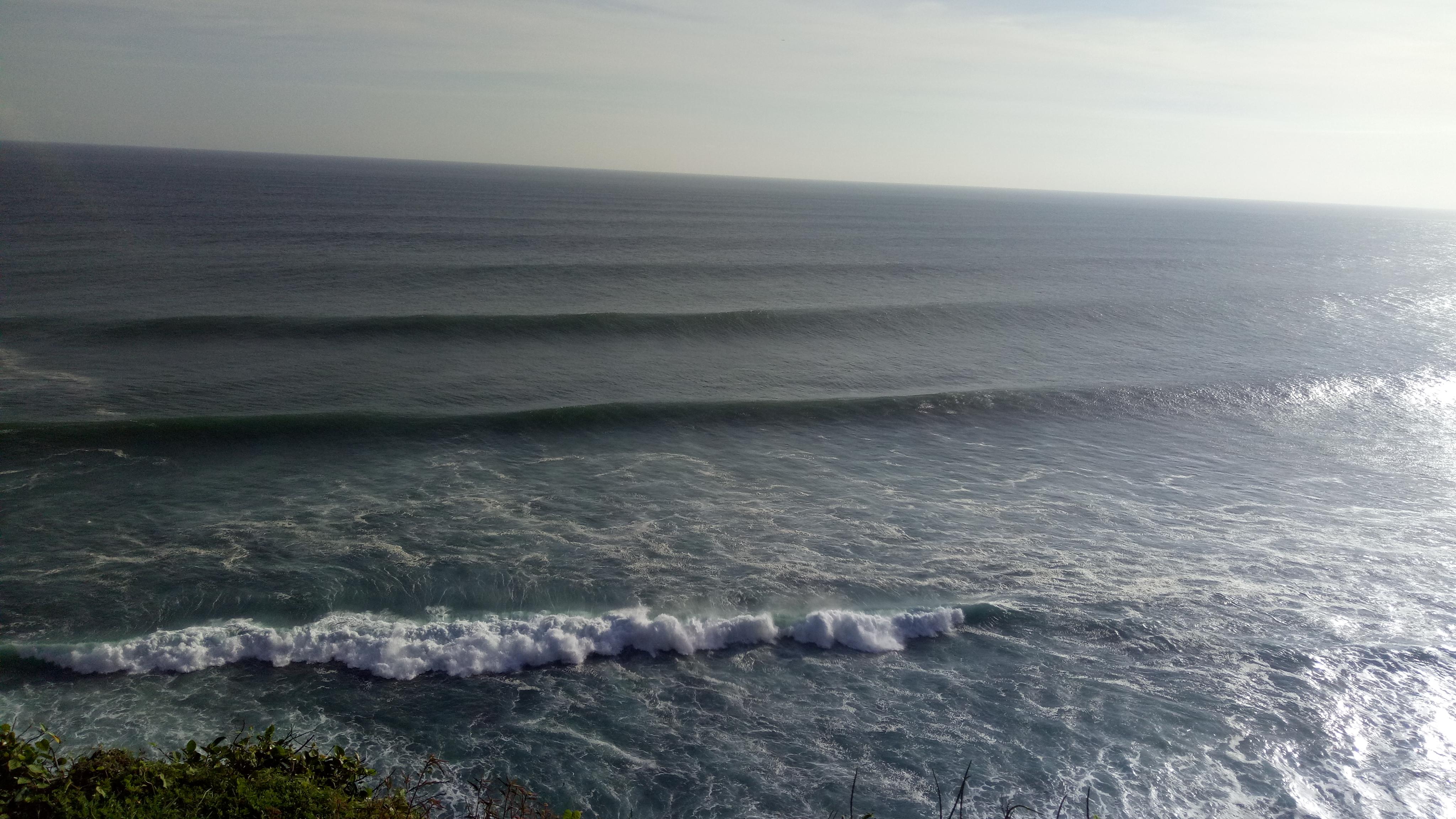 Pantai Pura Luhur Uluwatu Kesakralan Religi Bali Terpancar Disini Berada