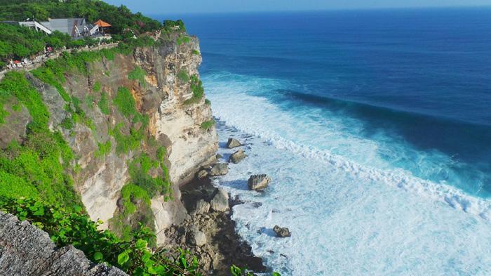 Pesona Senja Pura Luhur Uluwatu Bali Setiap Harinya Dikunjungi Pemandangan