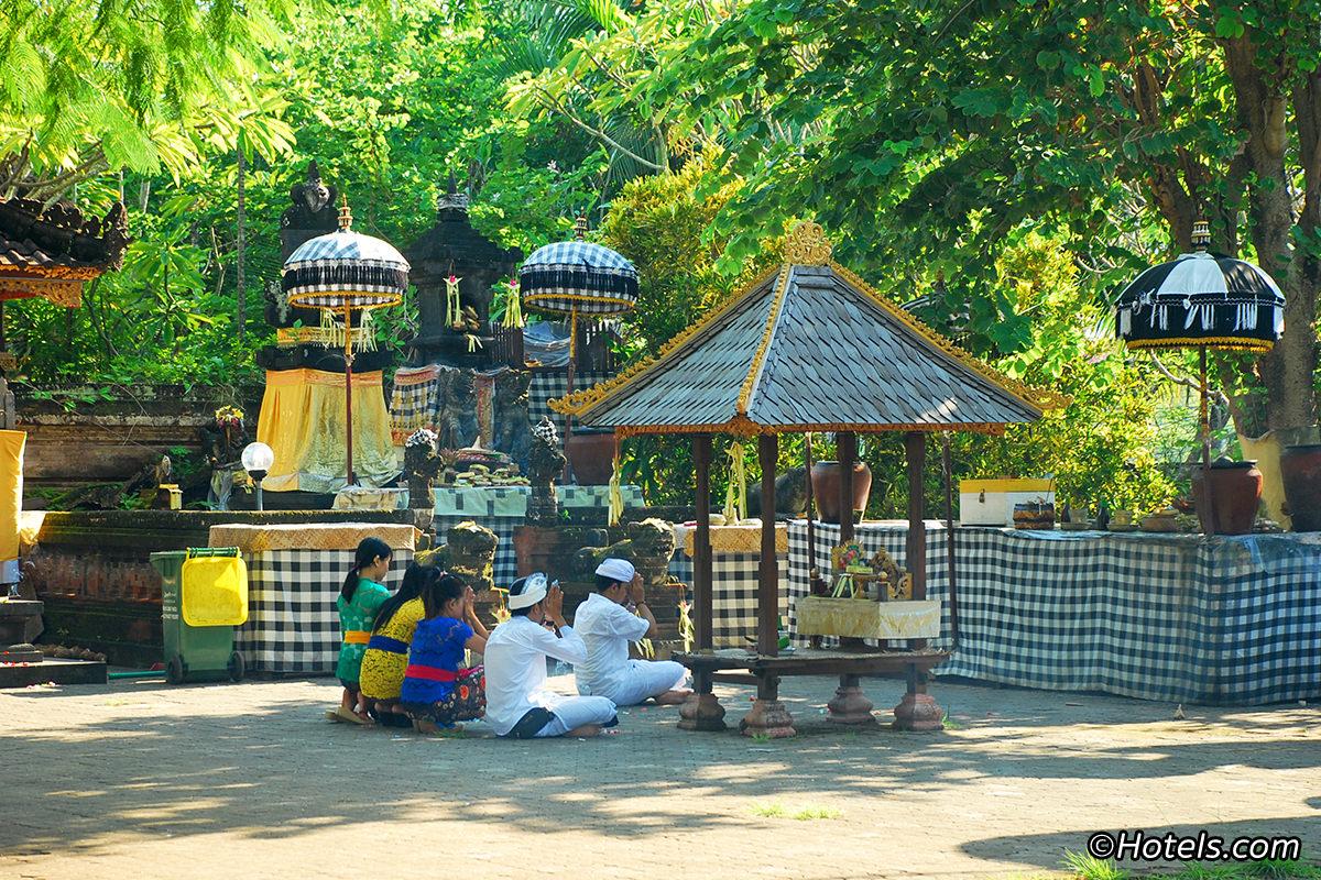 Petitenget Temple Bali Magazine Pura Kab Badung