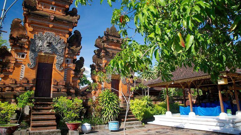 Petitenget Temple Seminyak Attraction Expedia Au Tourism Media Pura Kab