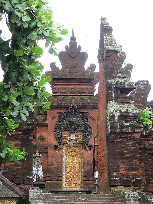 Photo Gallery Category Indonesia Image 3 Pura Petitenget Seminayak Bali