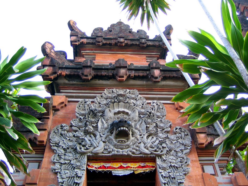 Pura Petitenget Seminyak Bali Indonesia Mapio Net Temple Kab Badung