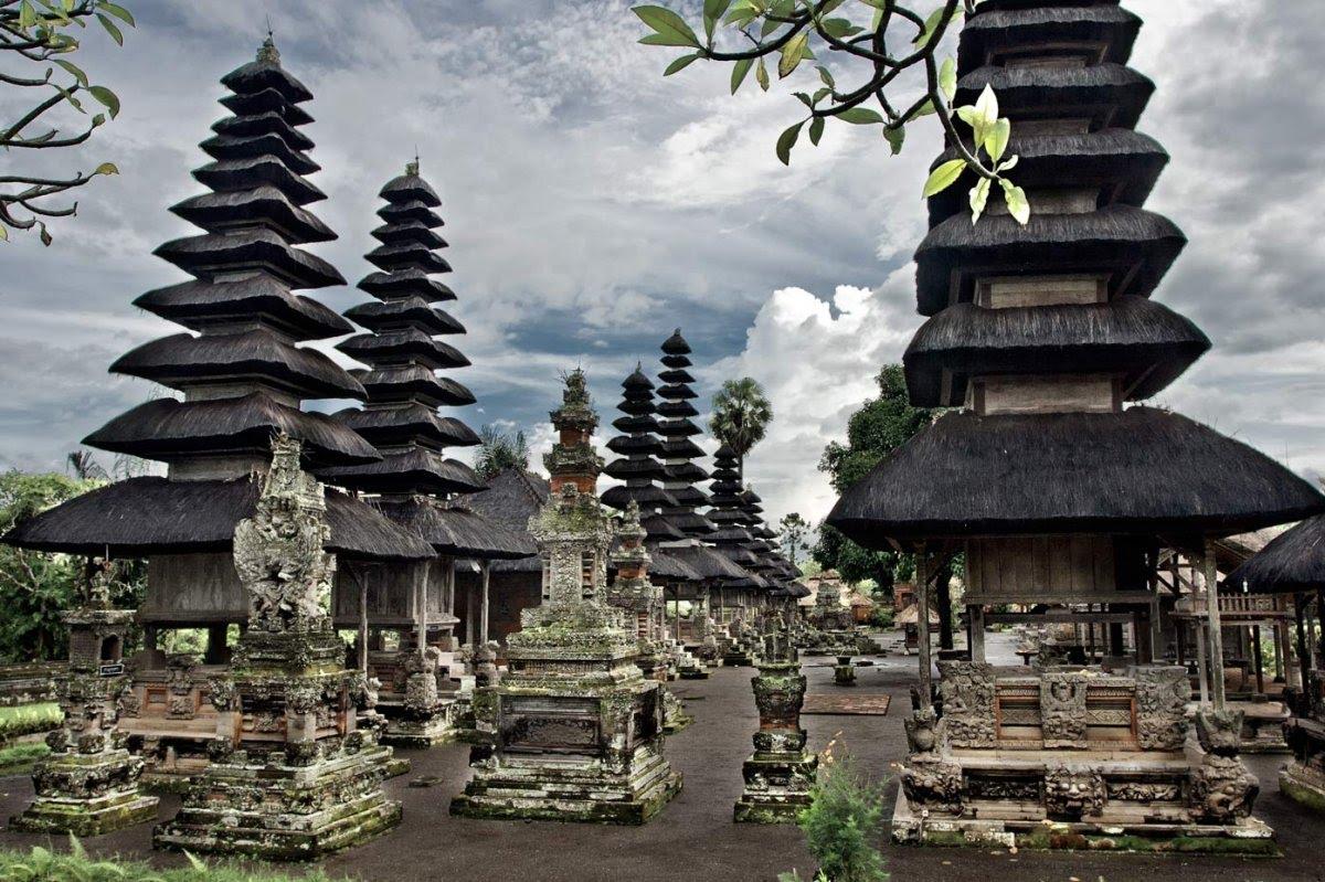 Amazing Temple Bali Pura Taman Ayun Youtube Kab Badung