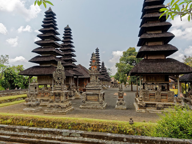 Peace Tranquillity Taman Ayun Backpackerlee Temple Royal Mengwi Empire Located