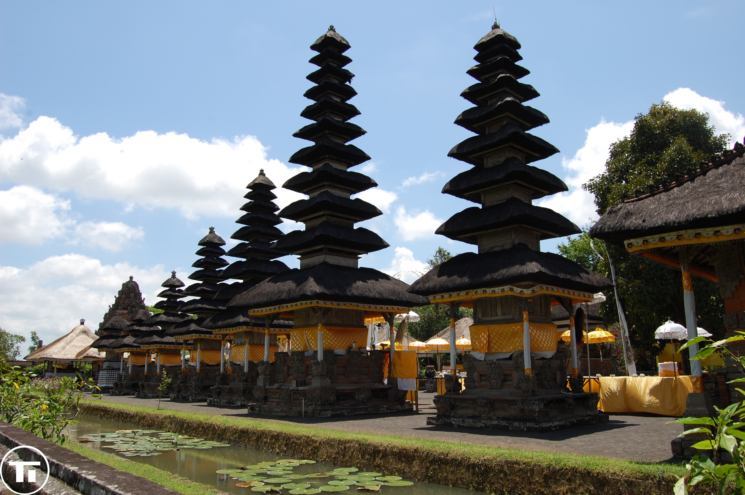 Pura Taman Ayun Travel Images Kab Badung