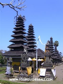 Taman Ayun Mengwi Badung Tour Guides Balit Pura Kab