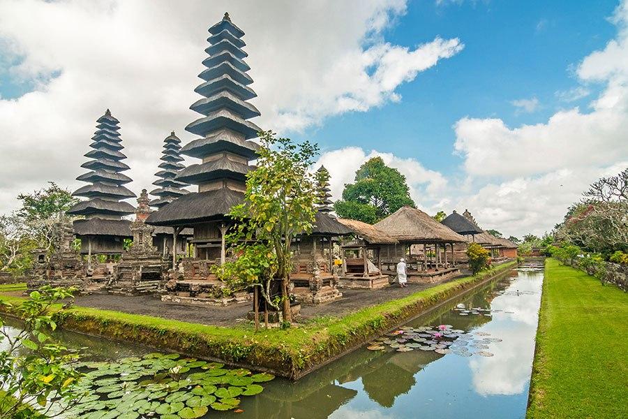 Taman Ayun Temple Expat Singapore Pura Kab Badung