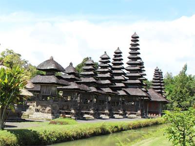 Taman Ayun Temple Lovely Floating Garden Allabali Mengwi Pura Kab
