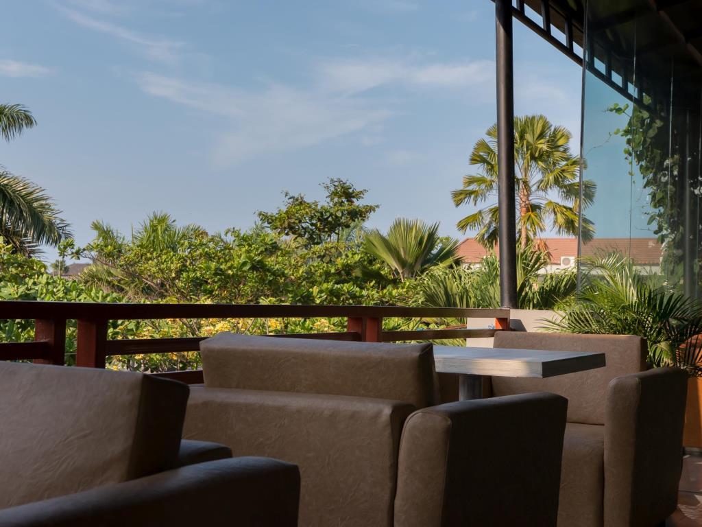 Price Seminyak Square Hotel Bali Reviews Lobby Kab Badung