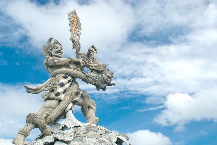 Maw Mblusuk Foto Patung Dewa Ruci Simpang Kab Badung