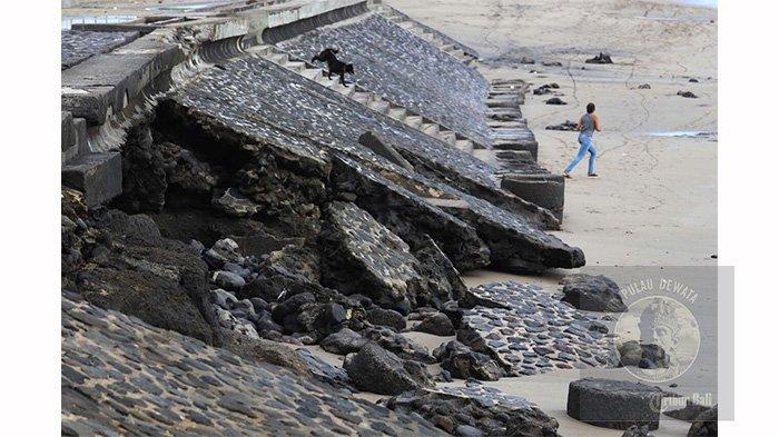 Senderan Pantai Badung Rusak Jebol Abrasi Capai 83 8 Km