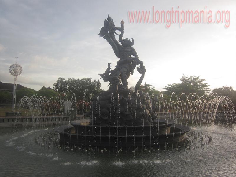 Tempat Wisata Patung Dewa Ruci Simpang Siur Kuta Bali Taman
