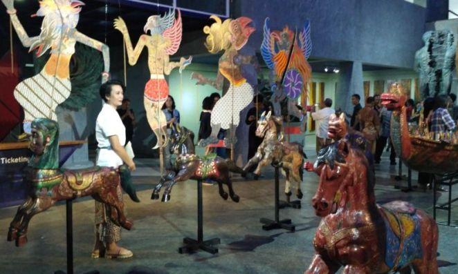Dua Seniman Maestro Pematung Berkolaborasi Jabar Ekspres Online Melihat Karya