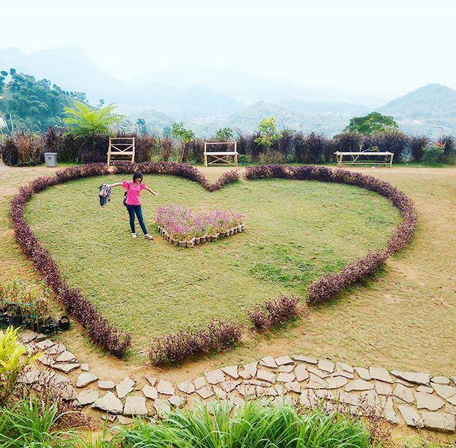 Menikmati Keromantisan Taman Love Soreang Klikhotel Nuart Sculpture Kab Bandung